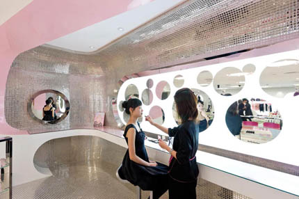 barbie_store_shanghai_slade_architecture_photo_iwan_baan_yatzer_4